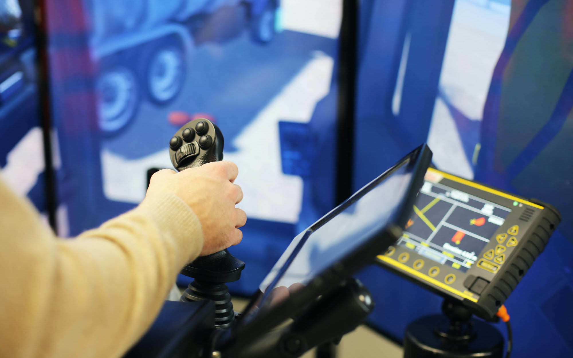 Simulator Close Up One web